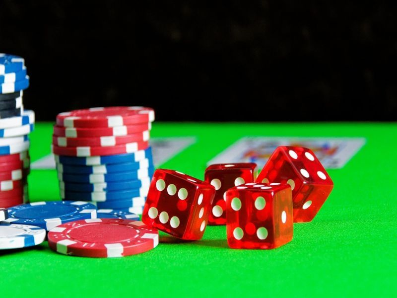 Poker Online Strategy – Considering A Poker Player