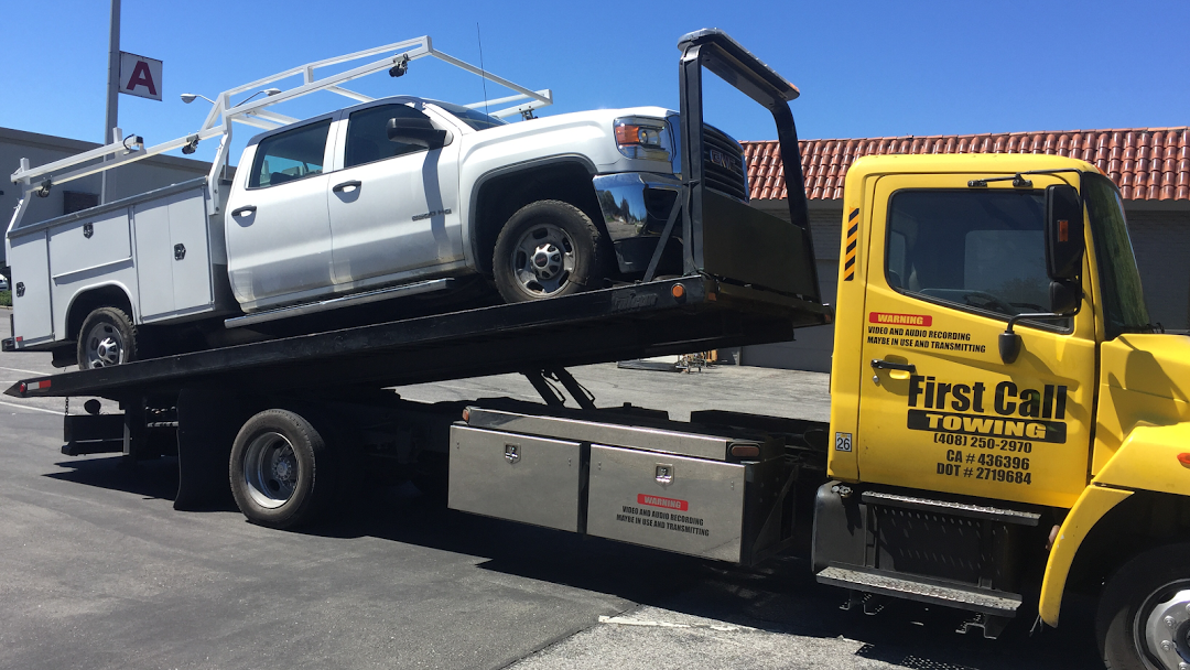 Stay out of troublesome situation by hiring towing service